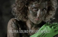"""Let's clean up fashion"": l'ultima sfida lanciata da Greenpeace alla moda"