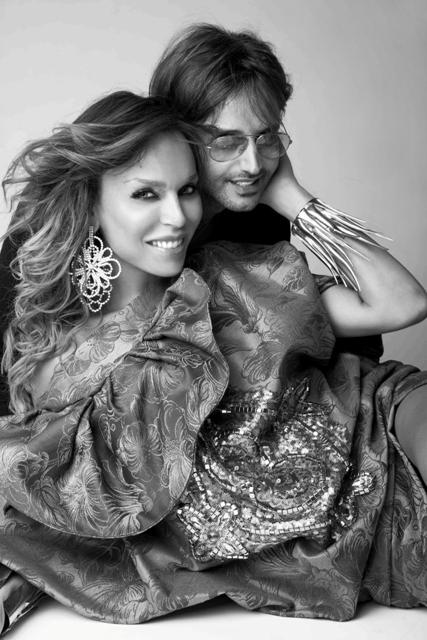 Nella foto il designer Gabriele Fiorucci con l'attrice Vittoria Schisano