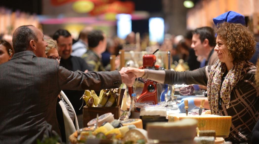 Shopping consapevole e voglia di esplorare a Pitti Taste. (ph Pitti)