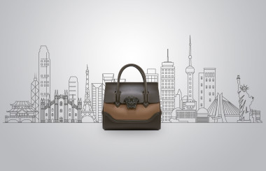 """""""7 bags for 7 cities"""", il fashion contest  firmato Versace"""