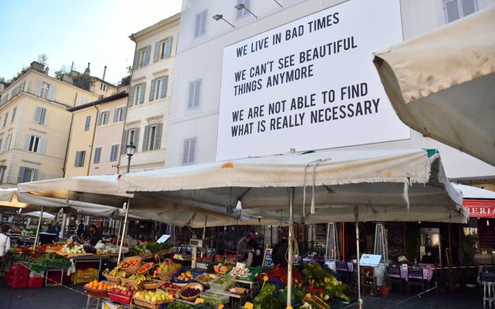 La maxi affissione di Urban Art a Campo de' Fiori_credits Courtesy of Press Office