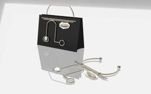 Bag e collier metaphysical touch Virginia Checcacci Cristina Innocenti